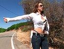 telecharger porno Elle arrive à destination avec 30cm de queue au fond du cul !