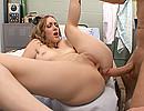 porno video Une infirmière chaudasse se fait saccager la boite à truffes ! sexe gratuit