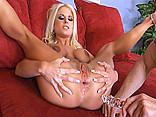 Télécharger porno Pilonné sans relâche l'anus de Barbie entre en fusion !