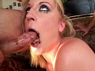 Téléchargement de Elle suce la bouche pleine de Nut'.